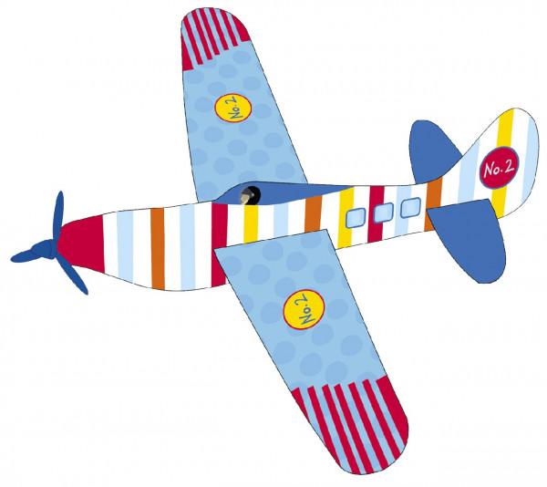 Flotte Flieger aus Styropor